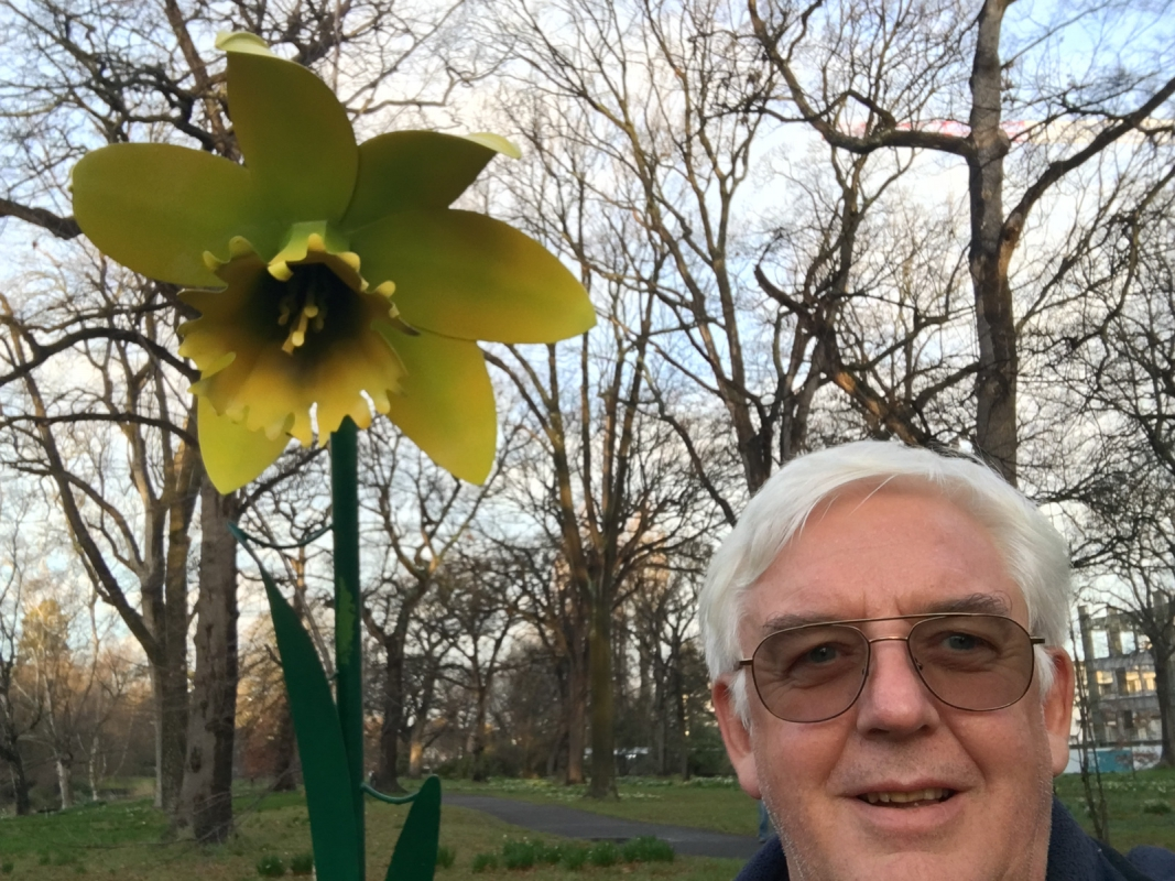 The Giant Daffodil and Roger